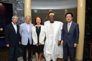 [From left] Mr. Mori (Executive Director of The Nippon Foundation), Mr. Sasakawa (Chairman of  The Nippon Foundation ), Ms. Iseki (Executive Director of SAA), H.E. Mr. Soglo (former President of Benin) and Mr. Yoshimasa Kanayama (President of SAA)