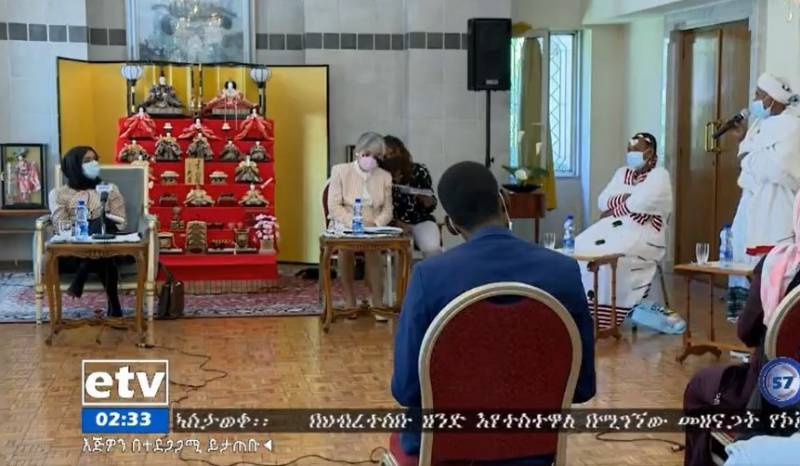 Ms. Jemberitu and Ms. Nigiste during the press event broadcasted on etv (Ethiopian Television)